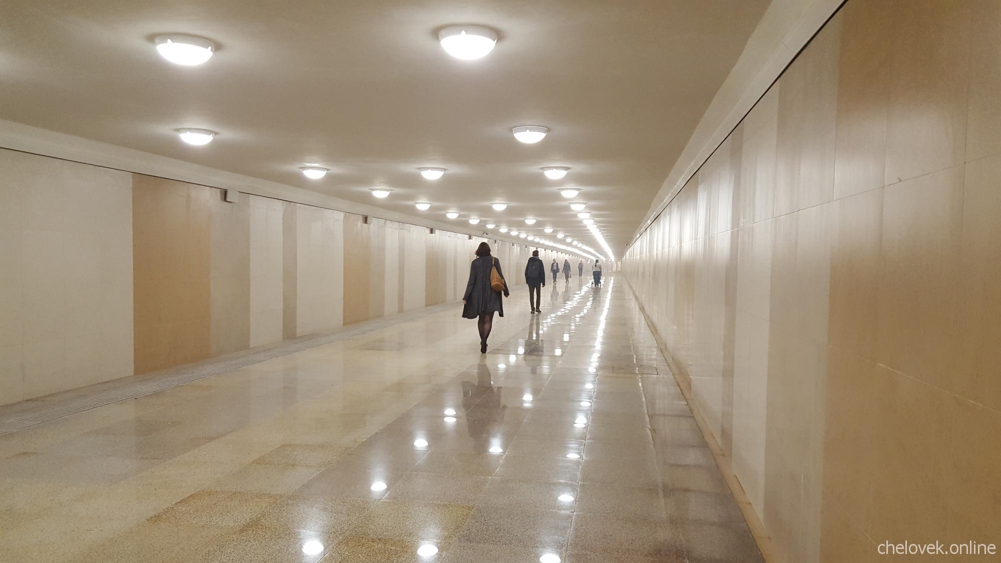 Тоннель на станции метро Стрелка, Нижний Новгород